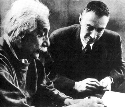Albert Einstein en Robert Oppenheimer