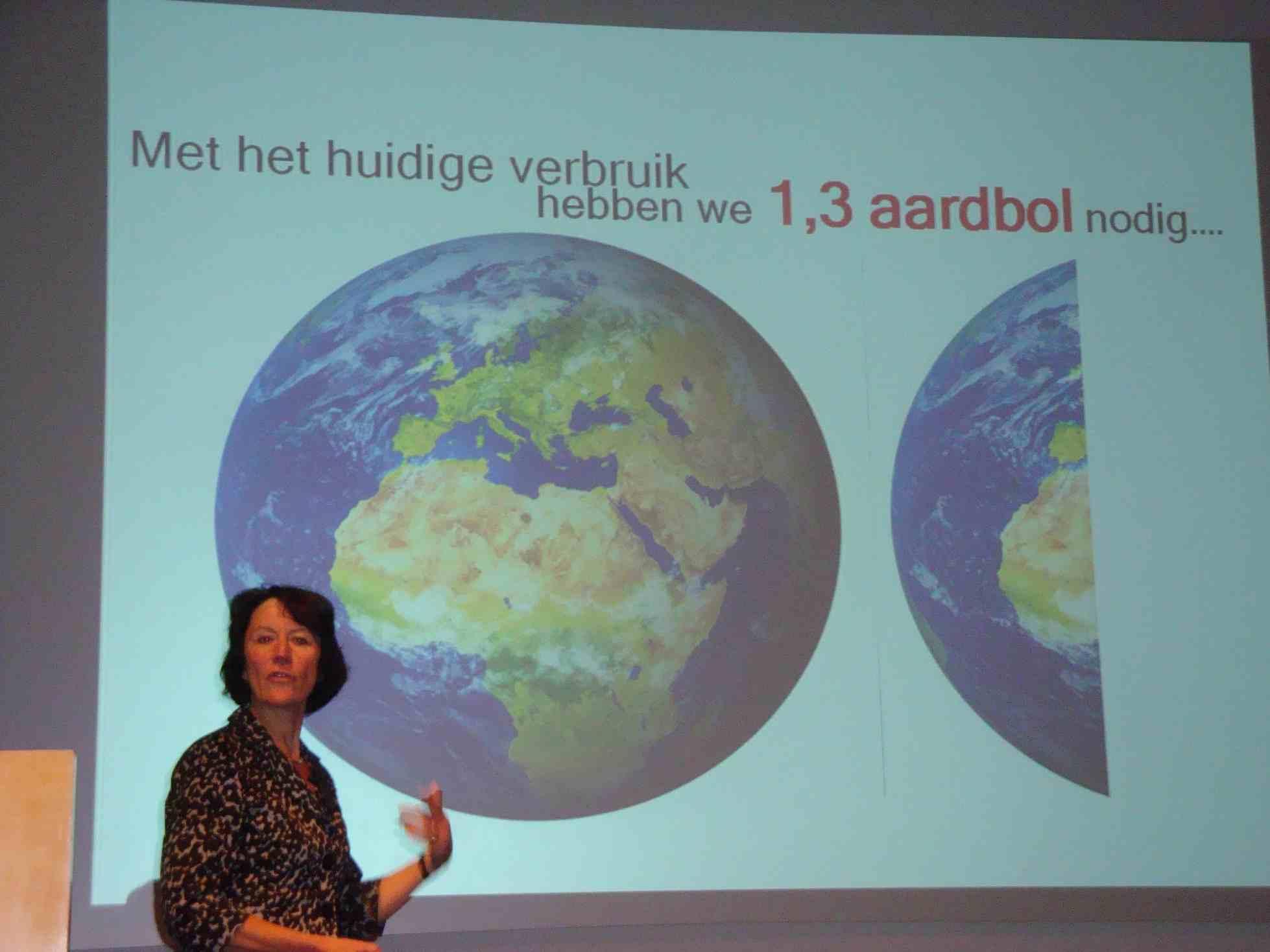 Klimaatactivist/NIOO-directrice Louise Vet heeft haar kritische zin verloren door teveel CO2