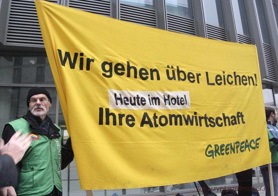 Ook hij is vast van de partij, als energie'deskundige'van Greenpeace