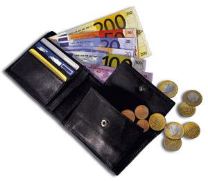 Nederlanders herzien hun uitgaven in verzekeren.