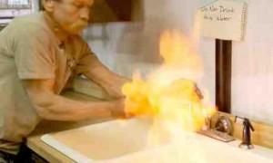Gretig door de Russen verspreid: Schaliemanie met brandend kraanwater