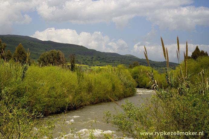 De Jordaan in één van de groenste delen van Israel: prachtig en veilig land
