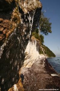 Yasmund National Park: de krijtrotsen bestaan volledig uit fossiele koraaltjes, en calcificerende organismen die bij hoge SST en CO2 leefden