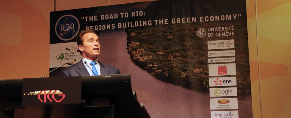 Arnold Schwarzenegger r20