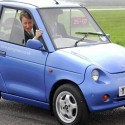 DAVID CAMERON TEST DRIVES GREEN CARS AT DUNSFOLD PARK, SURREY, BRITAIN - 24 APR 2006