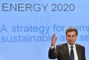 Oettinger noemt EU-klimaatdoel arrogant en hekelt motivatie van wereldredderij