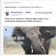 ..1 van de grootste ivoorhandelaren in Kenia kreeg van Bernhard een prijs voor natuurbescherming, de Gouden Ark