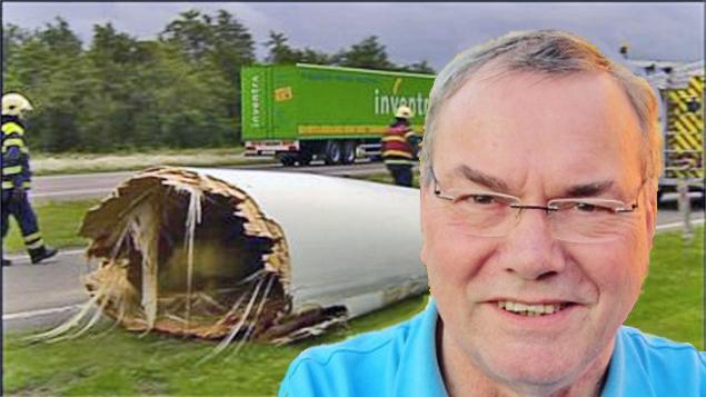 Hugo wiek windmolen valt op snelweg