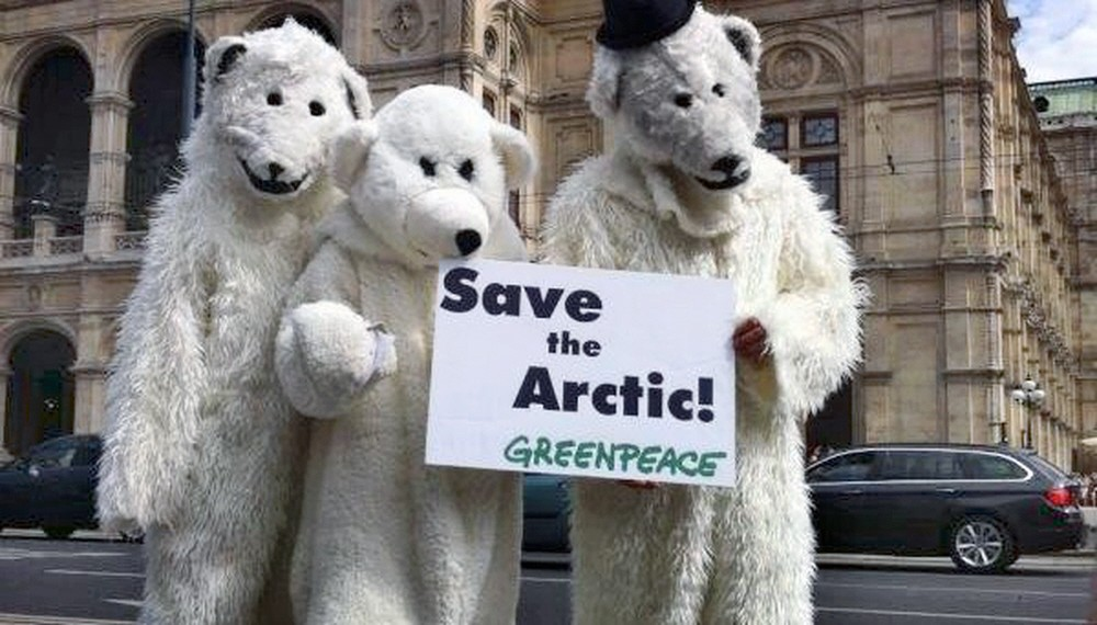 greenpeace-polar-bears-06-12