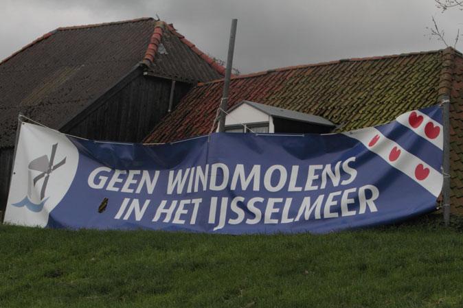De lobby tegen windturbines 50 euro. De lobby voor turbines: honderden miljoenen euro's