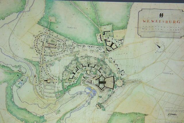 Het driehoekje van de Wewelsburg zou speerpunt zijn van een veel groter bouwcomplex