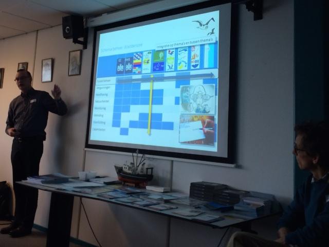 Michiel Firet van zaaghout-vereniging Staatsbosbeheer toont hoe de machtsverhoudingen liggen. Nuff said...