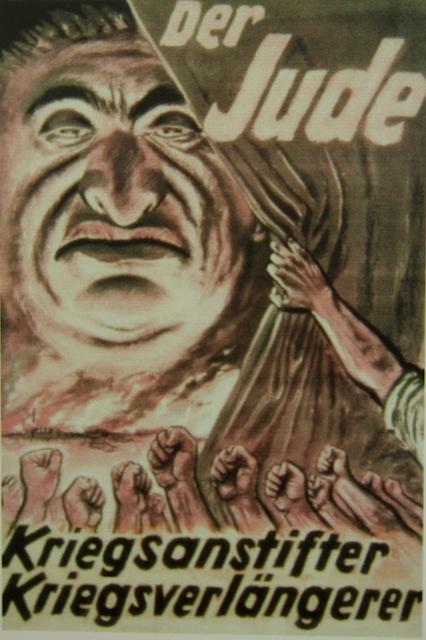 Haat aanwakkeren....Joden werden als vijfde kolonne gezien, die de Duitsers in de ellende van het Versailes-verdrag hadden gestort