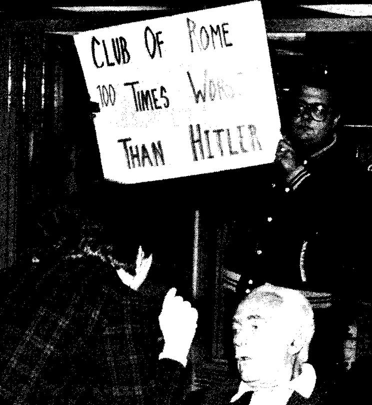 Wil je iemand vergelijken met het Absolute Kwaad, dan vergelijk je 'm met Hitler.