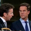 Den Haag - Jeroen Deijsselbloem en Mark Rutte tijdens de tv uitzending vanuit de Statenpassage. foto: ANP/Evert-Jan Daniels