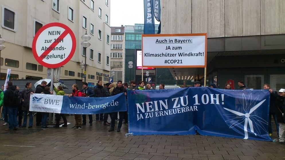 Bayern windkraft-h-10verhandlung-verfassungsgerichtshof-muenchen-104~_v-img__16__9__xl_-d31c35f8186ebeb80b0cd843a7c267a0e0c81647