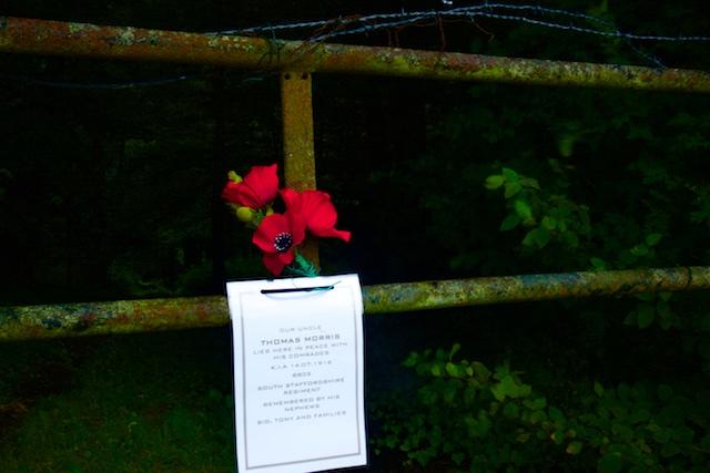 De ingang tot High Wood, nu prive-terrein van nazaten van gesneuvelde soldaten