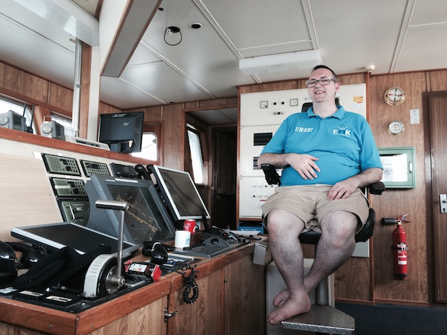 Jurie in zijn warroom, van waaruit hij 5 jaar lang de visserij aanspoorde zich wat weerbaarder op te stellen. Eindelijk pakt het EMK die lijn nu op