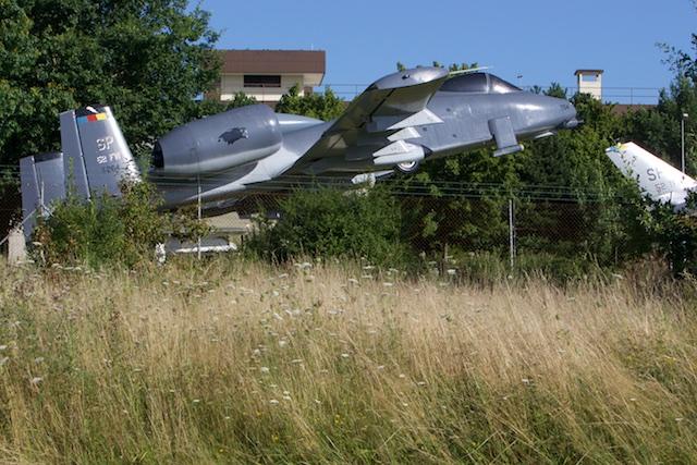 De Nato wil haar wapentuig nuttig maken, zoals deze A10 antitank-vliegtuigen die in Irak zichzelf konden bewijzen