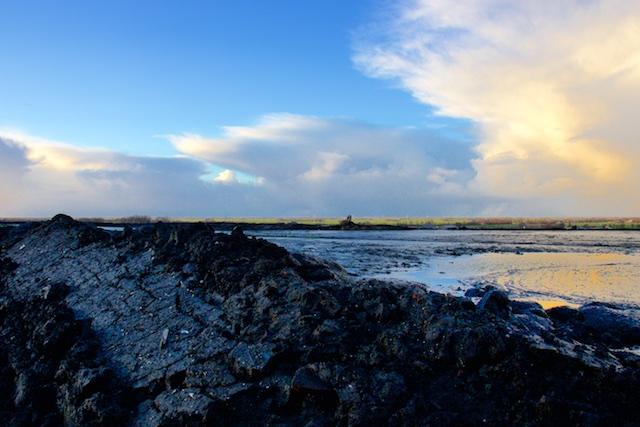 De Apocalypse gezien vanaf Afvalberg bij Heerenveen met modderig slijm als afdeklaag
