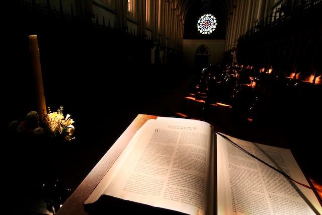 Het Woord: de nadruk op De Rede en Het Woord zijn Westers